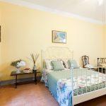 Tenuta La Valle - camera matrimoniale di villa gambino in stile country chic