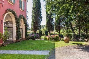 tenuta la valle - ville vacanze in toscana - il giardino di villa gambino
