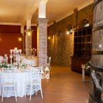 tenuta la valle - location per matrimoni in toscana - tavoli nuziali nella cantina